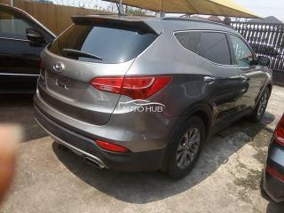 Hyundai santafee.