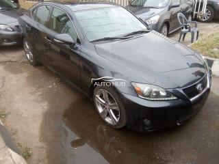 Lexus is250 2011