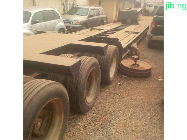 Low-bed 80ton.