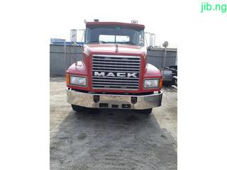 C H. Mack truck