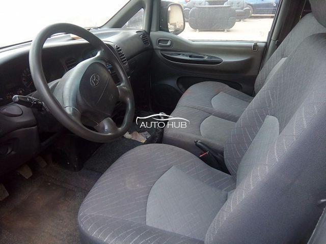 Hyundai H1 2005