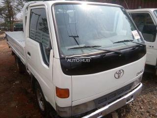 Toyota dyna 100 (2000)