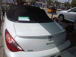 2006 Toyota Solara White