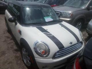 2010 Mini Cooper White