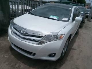 2011 Toyota Venza White