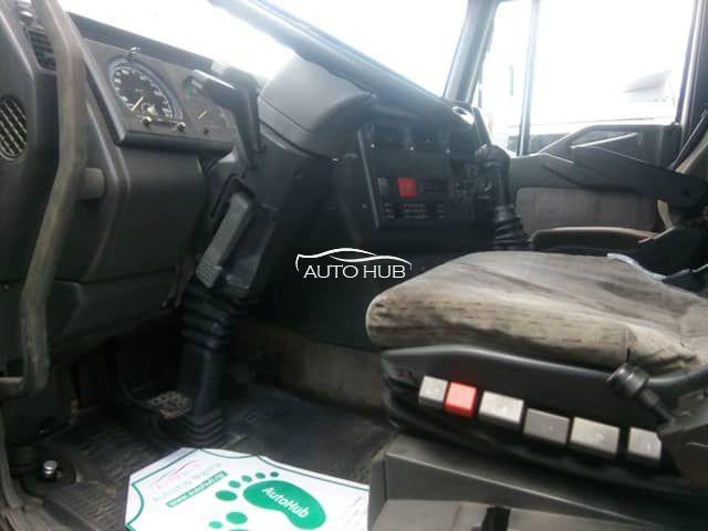Iveco 440E42 Green
