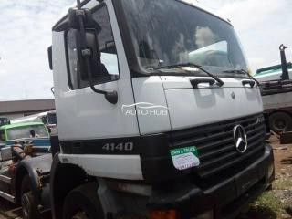 Mercedes Benz 4140 White