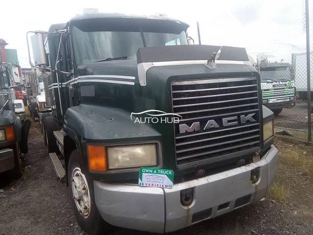 2002 Mack CH Model
