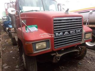 Mack CH Model Red