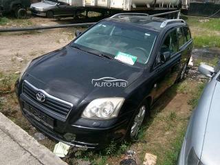 2002 Toyota Avensis Black