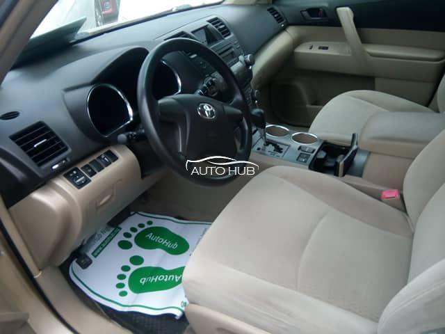 2008 Toyota Highlander Gold
