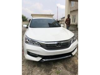 2017 Honda Accord  White