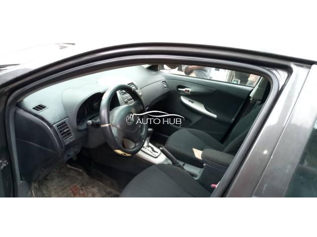 2009 Toyota Corolla Gray