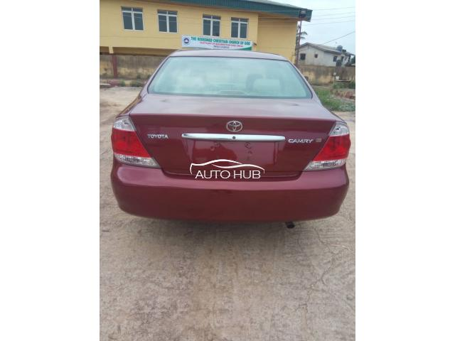 2005 TOYOTA CAMRY RED