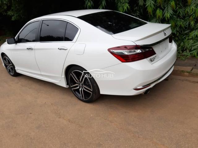 2017 Honda Accord White