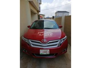 2015 Toyota Venza Red