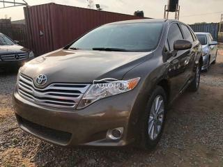 2010 Toyota Venza Brown