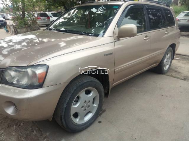 2006 Toyota Highlander Gold