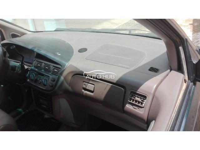 2002 Toyota Sienna Green