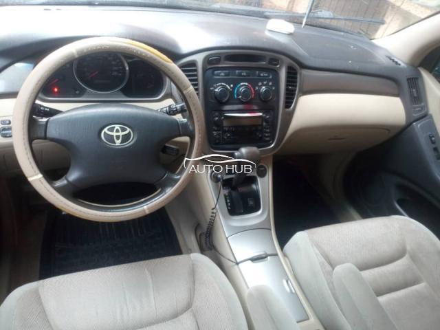 2004 Toyota Highlander Green
