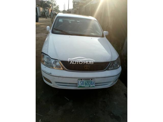 2003 Toyota Avalon White