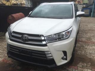 2018 Toyota Highlander Silver