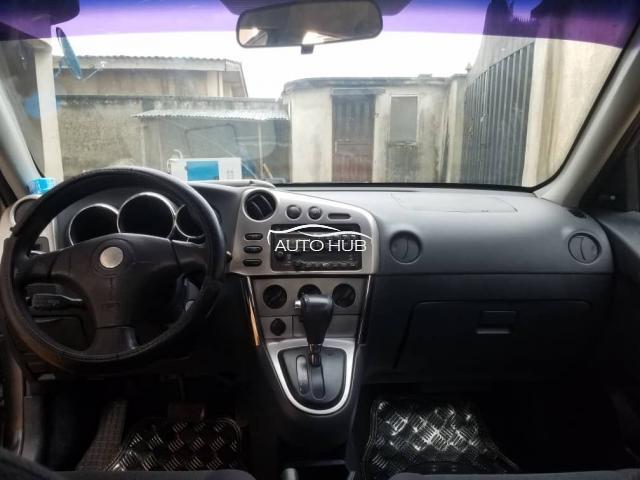 2004 Toyota Matrix Gray