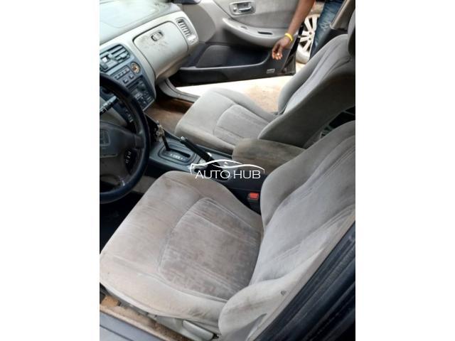 2000 Honda Accord Black