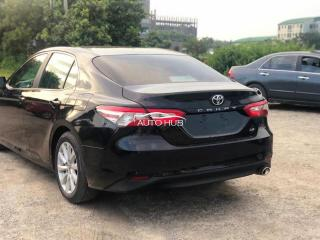 2018 Toyota Camry LE Black
