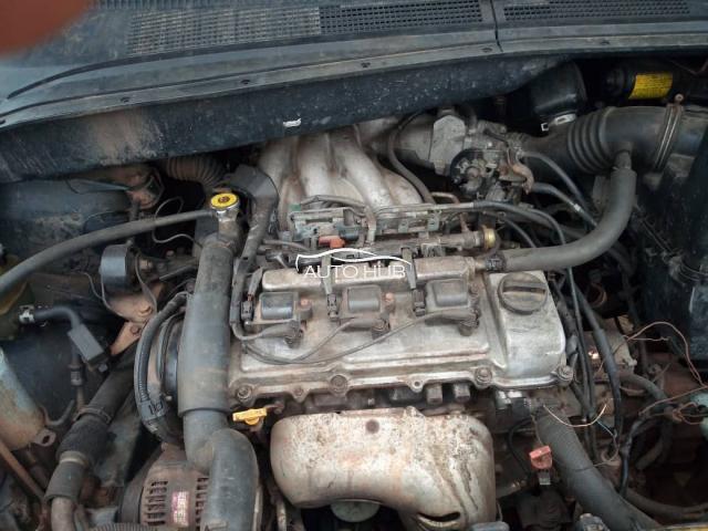 2000 Toyota Sienna Green