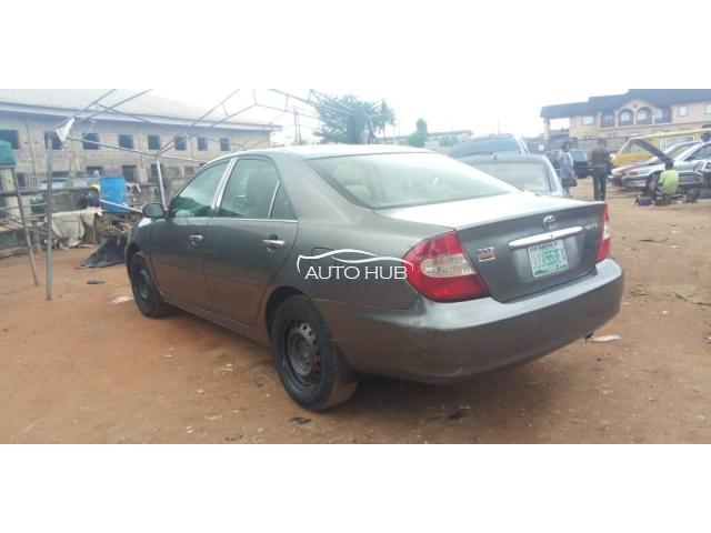 2003 Toyota Camry Gold