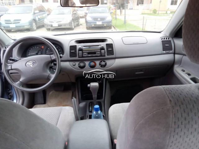 2005 Toyota Camry Blue