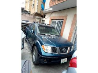 2005 Nissan Frontier Blue