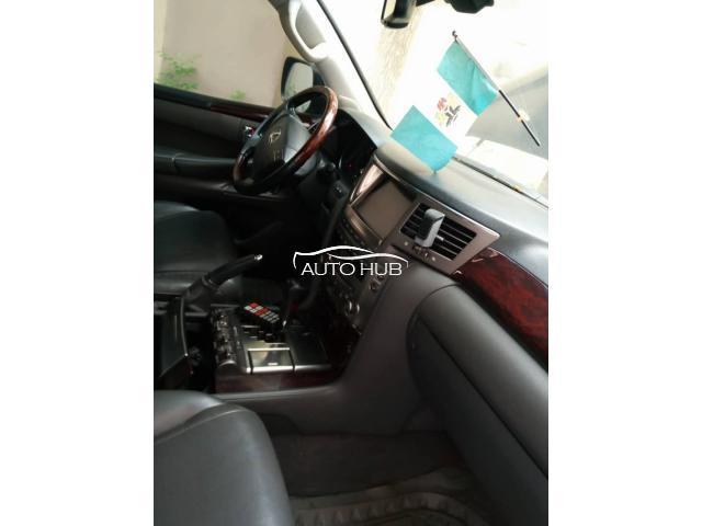2008 Lexus LX 570 Black
