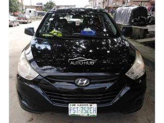 2009 Hyundai Tucson Black