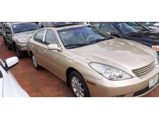 2002 Lexus ES 300 Gold