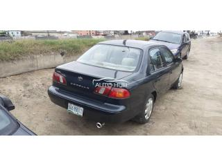 2000 Toyota Corolla Black