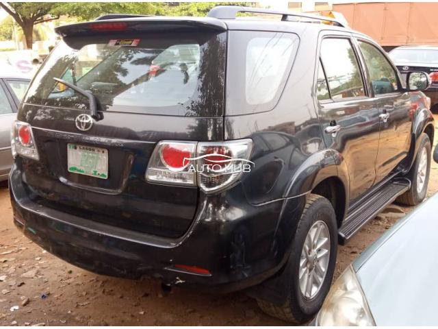 2013 Toyota Fortunet Black