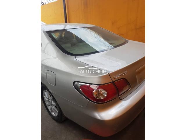 2004 Lexus ES 330 Silver
