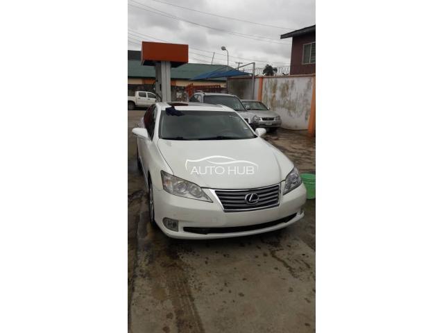 2011 Lexus ES 350 White