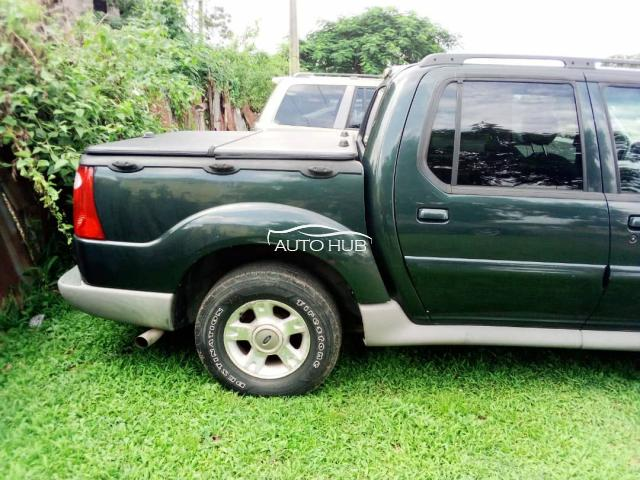2000 Ford Explorer Green