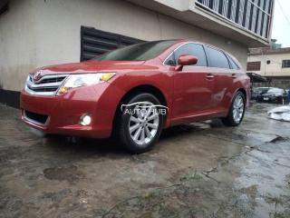2011 Toyota Venza Red