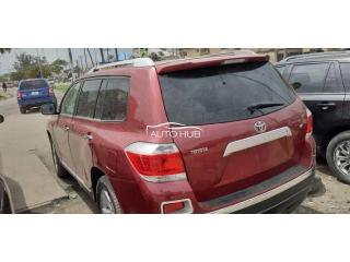 2009 Toyota Highlander Red
