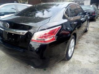 2015 Nissan Altima Black