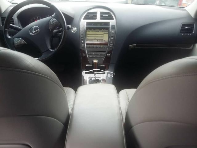 2010 Lexus ES 350 Black