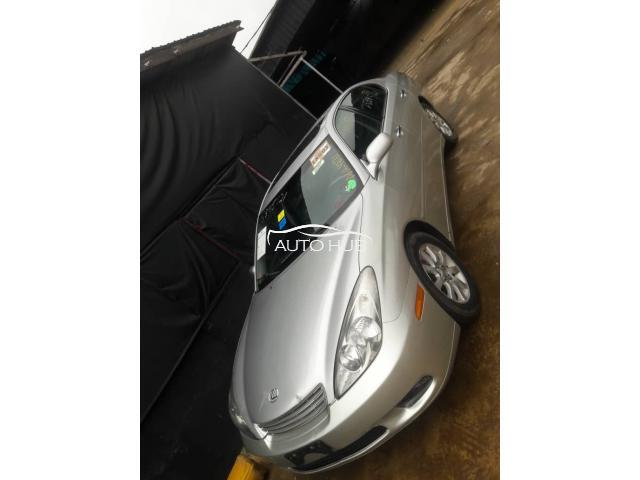 2002 Lexus ES 300 Silver