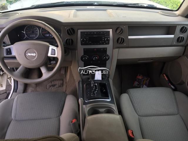 2009 Jeep Commander White