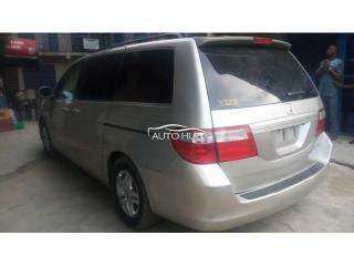 2006 Honda Odyssey Silver