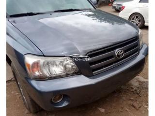 2005 Toyota Highlander Grey