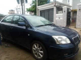2005 Toyota Avensis Blue